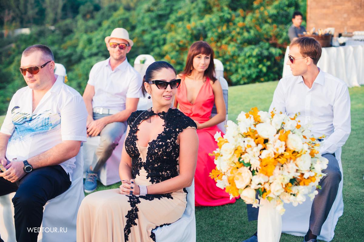 приглашенные гости на свадьбе,свадьба на острове пхукет