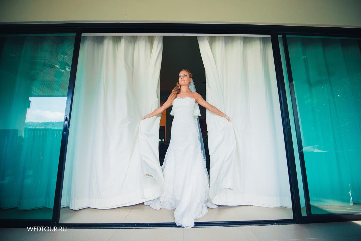 свадьба на острове пхукет,невеста в кружевном платье
