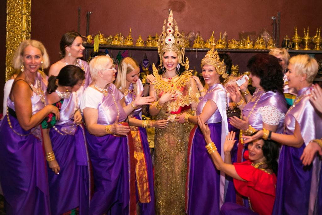 Тайская буддийская церемония
